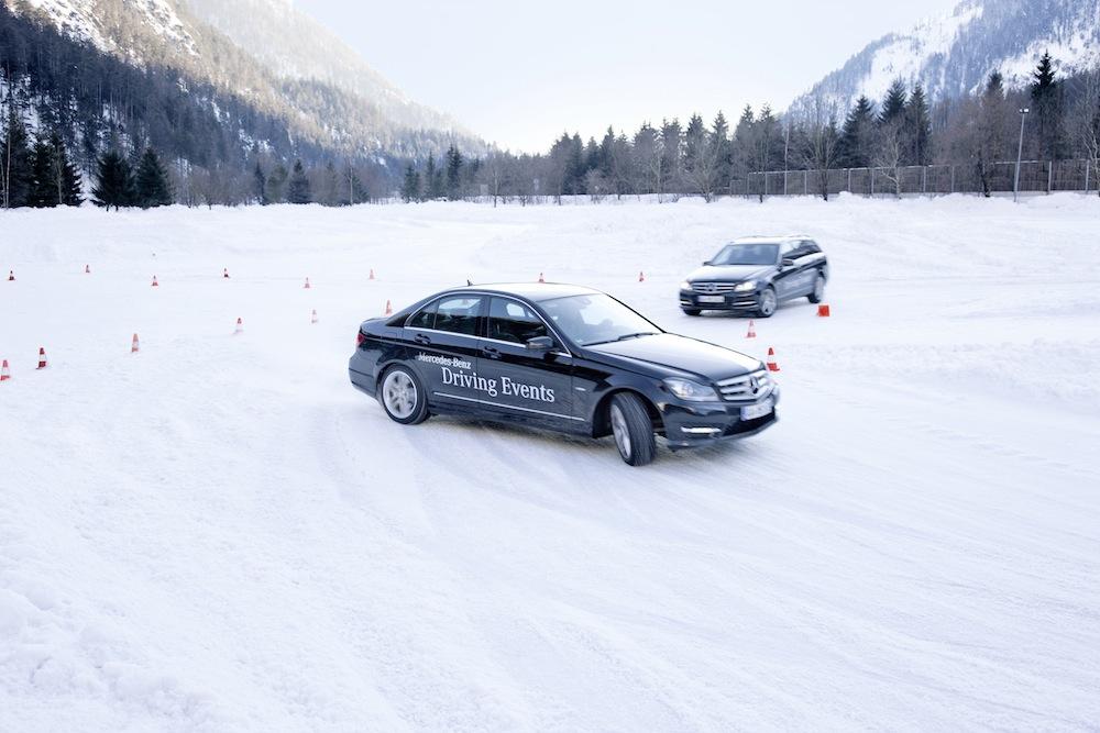 Les écoles de conduite sur neige dispensent un enseignement très utile