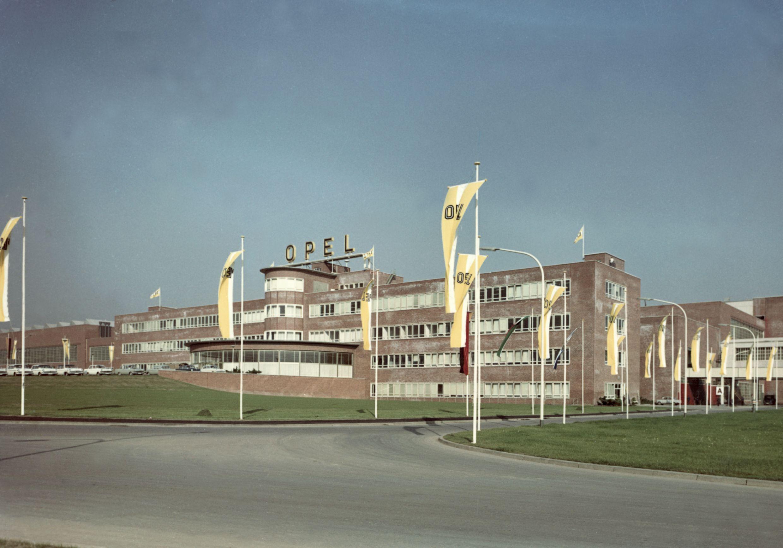 Le site Opel de Bochum est lependant d'Aulnay en France: menacé
