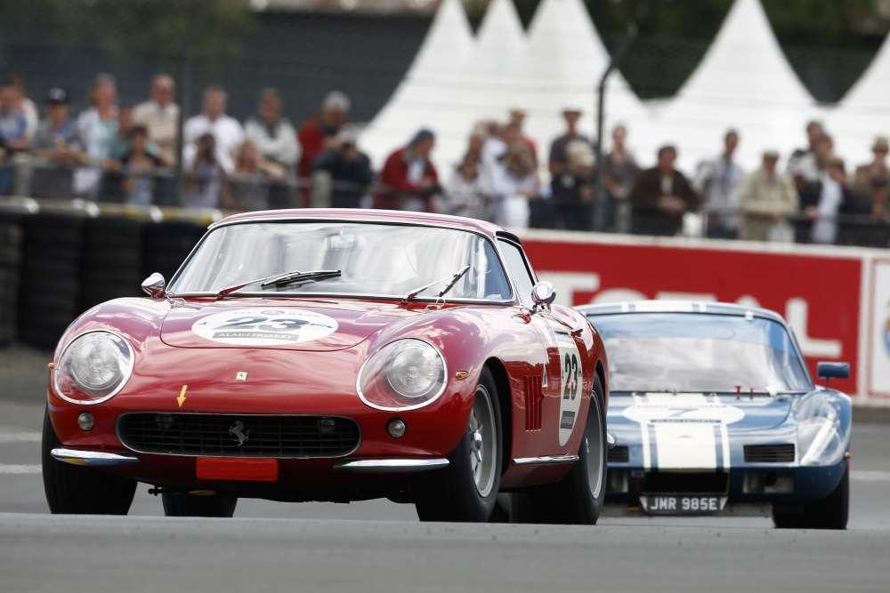 Une Ferrari 275 GTB dans ses oeuvres