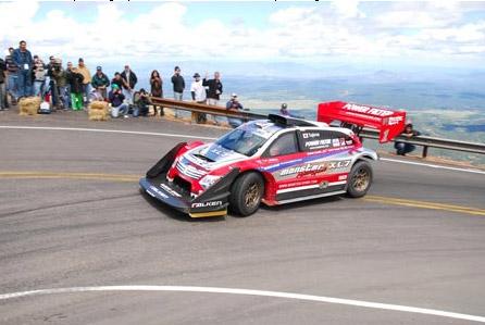 Suzuki apprécie aussi cette course avec un pilote-ingénieur nippon
