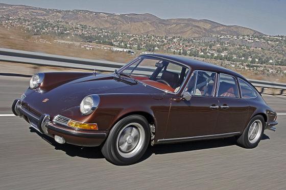 La 4 portes conçue par e carrossier californien qui va longtemps faire hésiter Porsche sur une telle réalisation